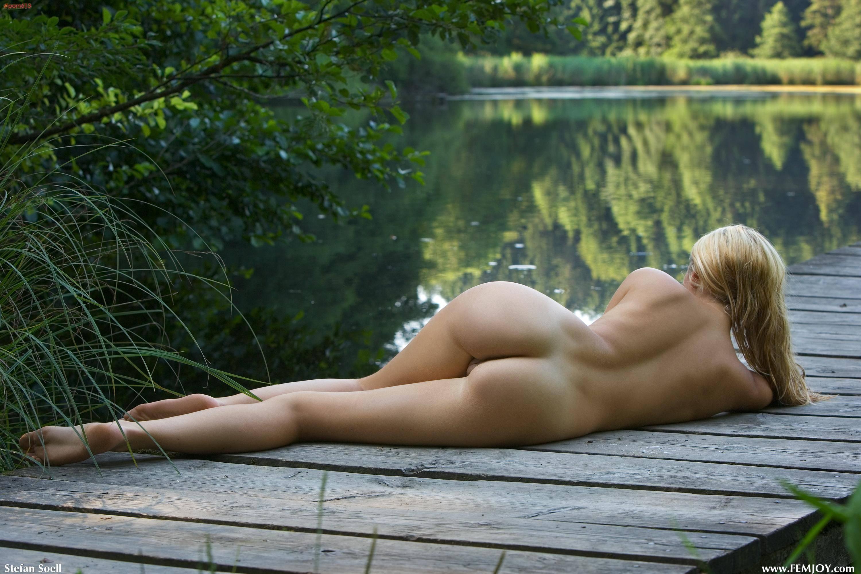 Красивое фото девушек голышом